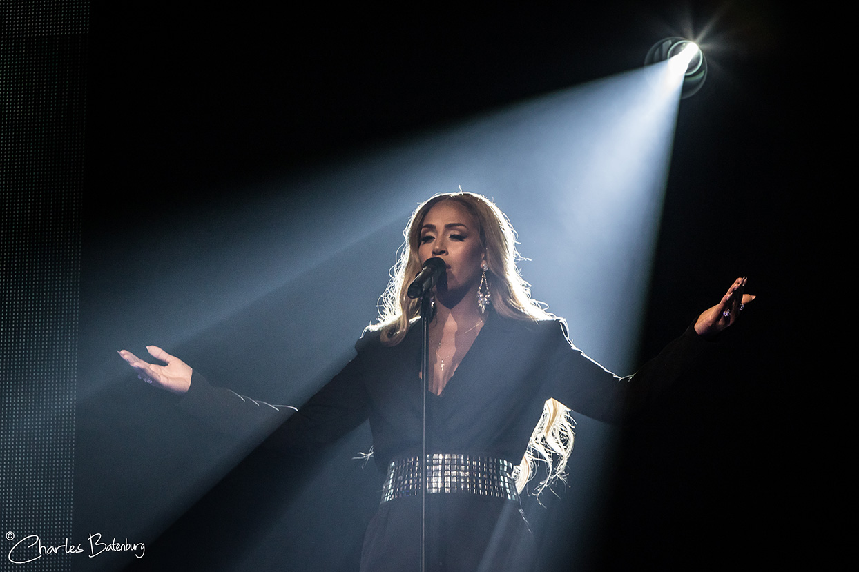 Whitney – A Tribute by Glennis Grace in Rotterdam Ahoy
